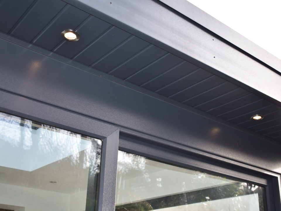 Fascia sunroom spotlights
